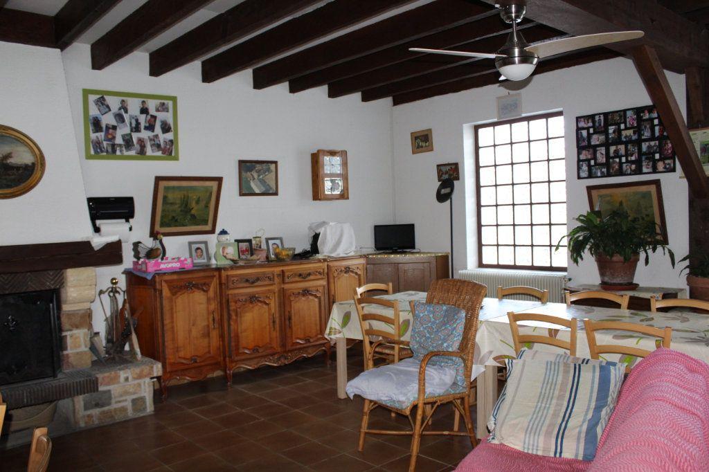 Maison à vendre 6 109.8m2 à Ambazac vignette-1
