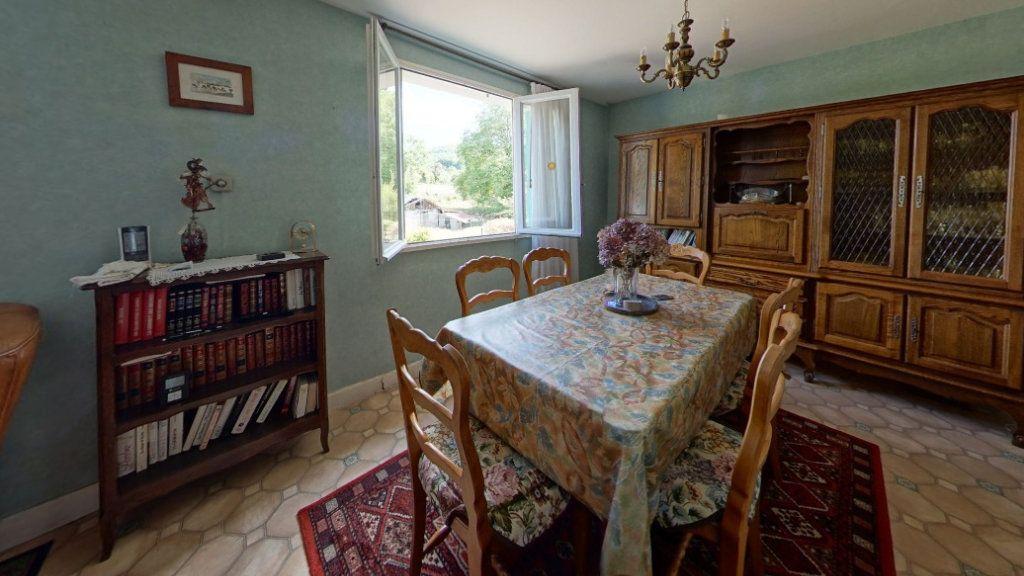 Maison à vendre 6 132m2 à Saint-Sulpice-Laurière vignette-4