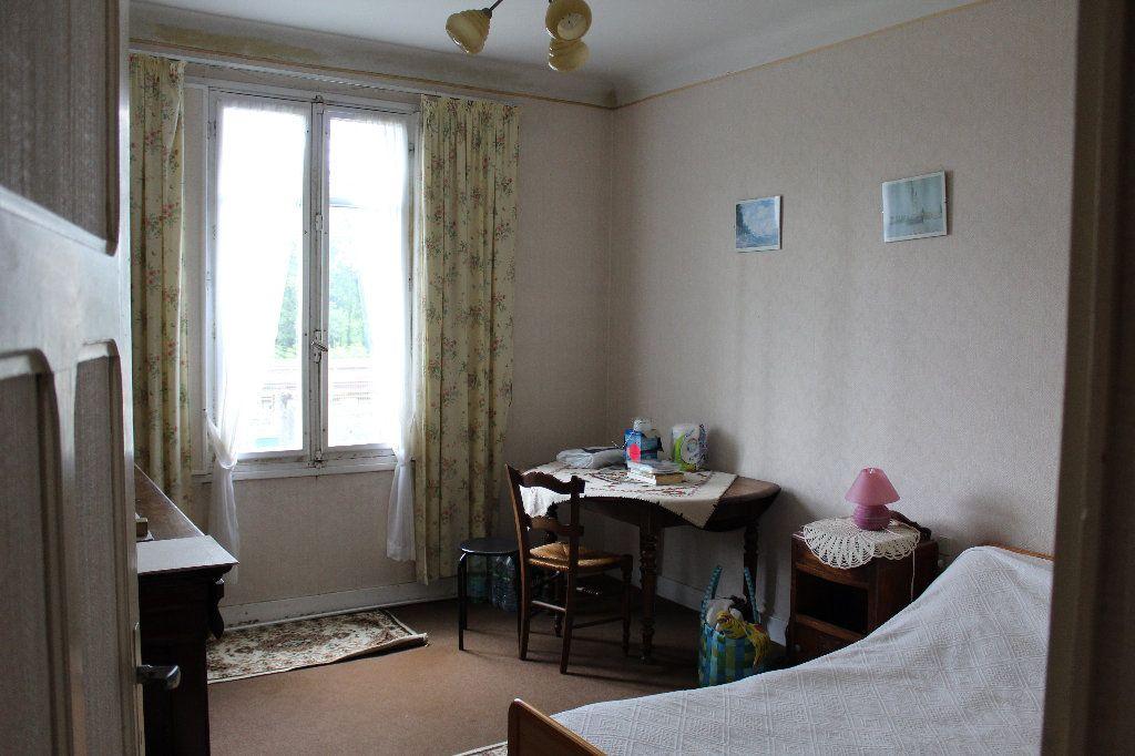 Maison à vendre 6 132m2 à Saint-Sulpice-Laurière vignette-9