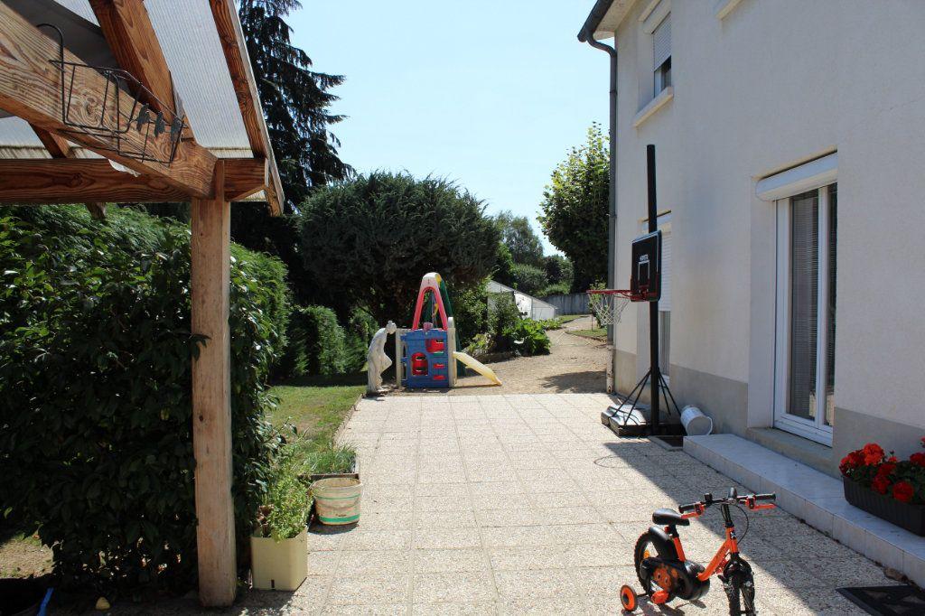 Maison à vendre 6 143m2 à Ambazac vignette-1