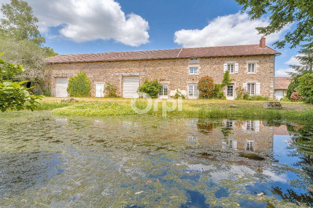 Maison à vendre 6 276m2 à Saint-Martin-Terressus vignette-1