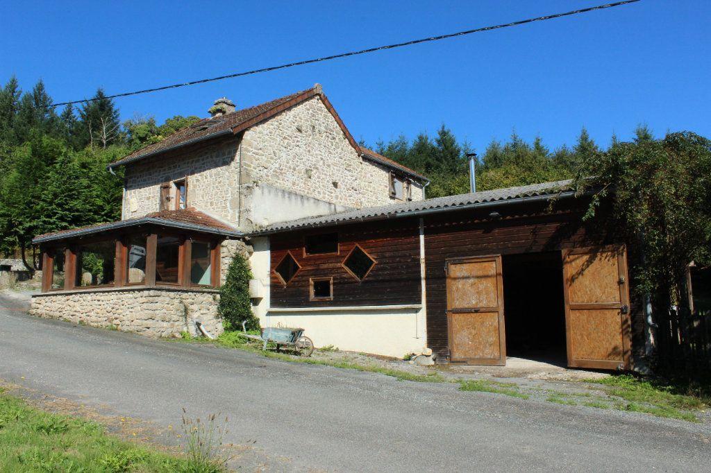 Maison à vendre 6 144m2 à Châtelus-le-Marcheix vignette-2