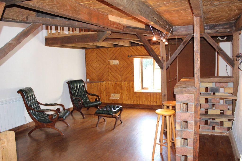 Maison à vendre 6 144m2 à Châtelus-le-Marcheix vignette-3