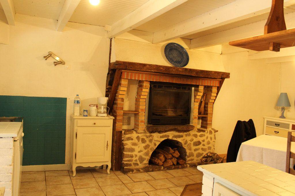 Maison à vendre 6 144m2 à Châtelus-le-Marcheix vignette-6