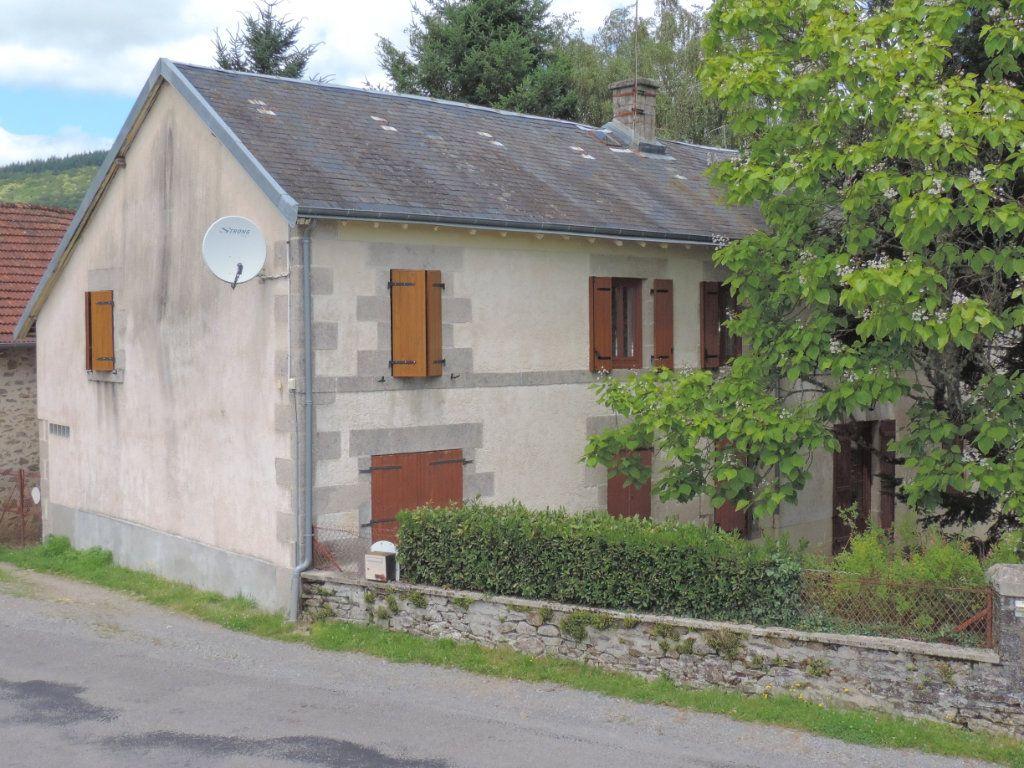 Maison à vendre 7 230m2 à Saint-Laurent-les-Églises vignette-3