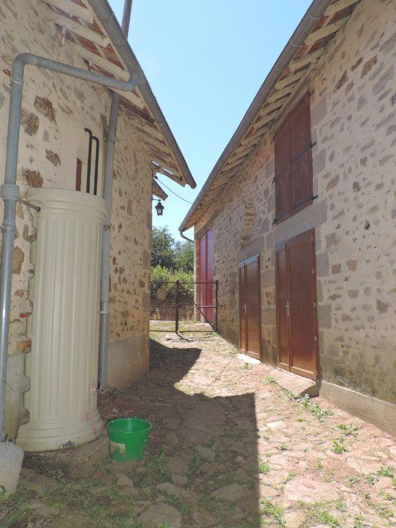 Maison à vendre 7 230m2 à Saint-Laurent-les-Églises vignette-4