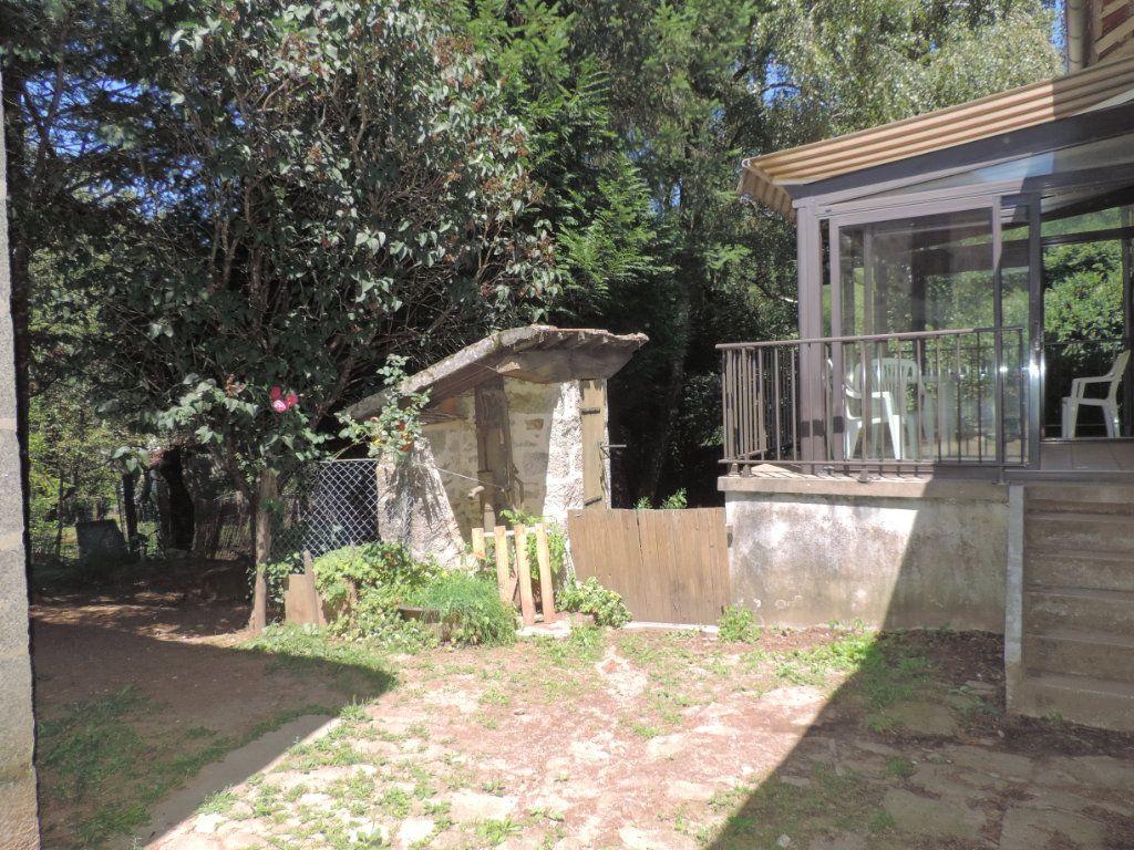 Maison à vendre 7 230m2 à Saint-Laurent-les-Églises vignette-7