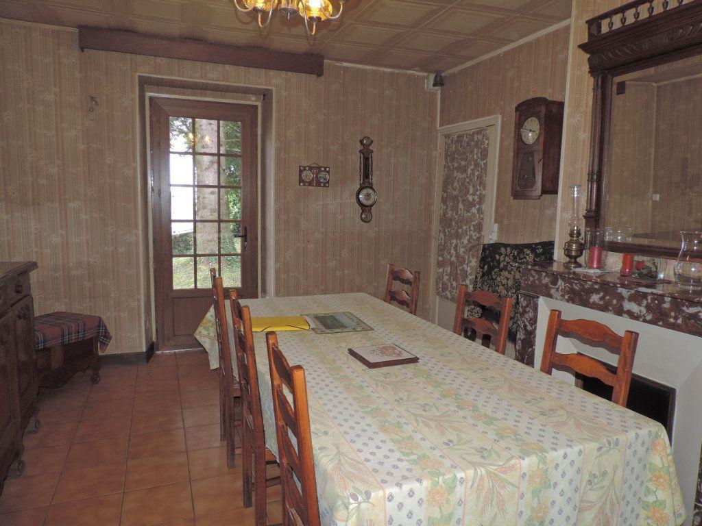Maison à vendre 7 230m2 à Saint-Laurent-les-Églises vignette-8