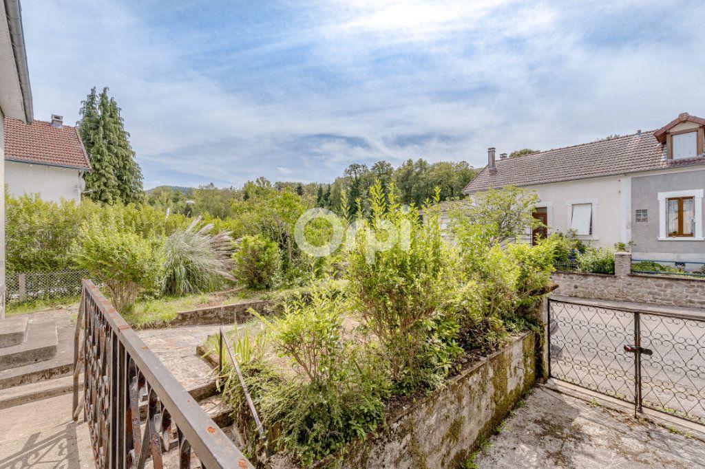 Maison à vendre 7 140m2 à Saint-Sulpice-Laurière vignette-4