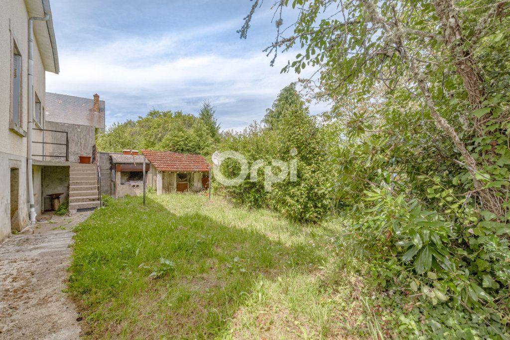 Maison à vendre 7 140m2 à Saint-Sulpice-Laurière vignette-5