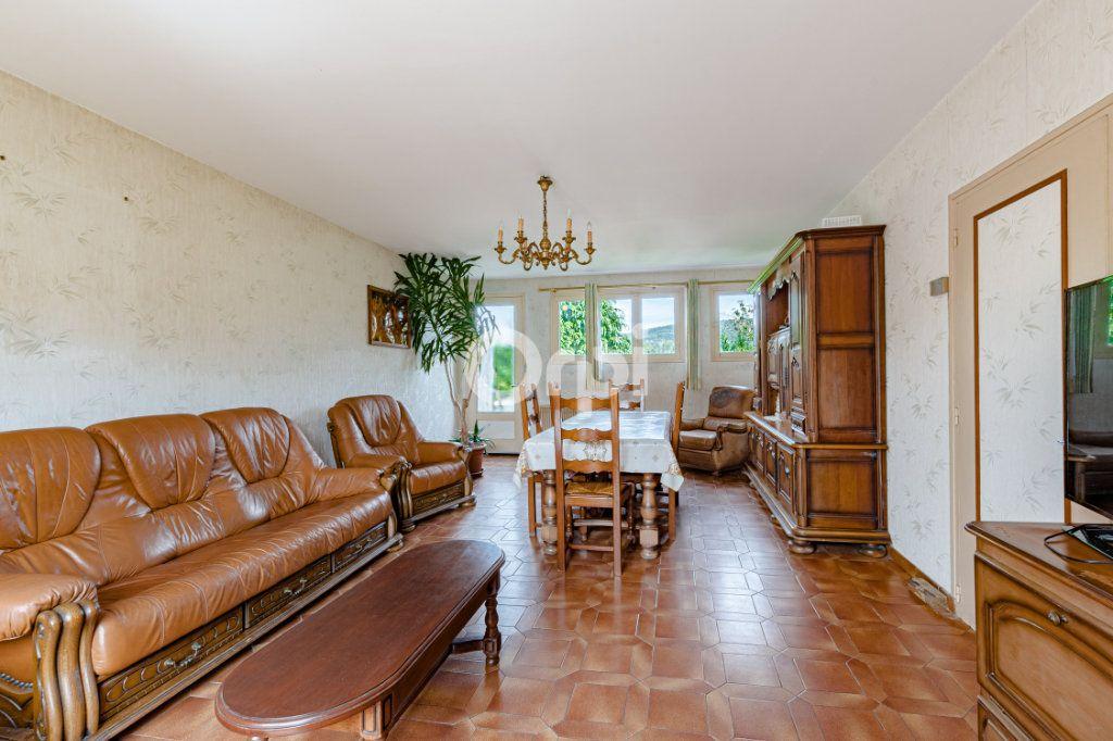 Maison à vendre 7 140m2 à Saint-Sulpice-Laurière vignette-7