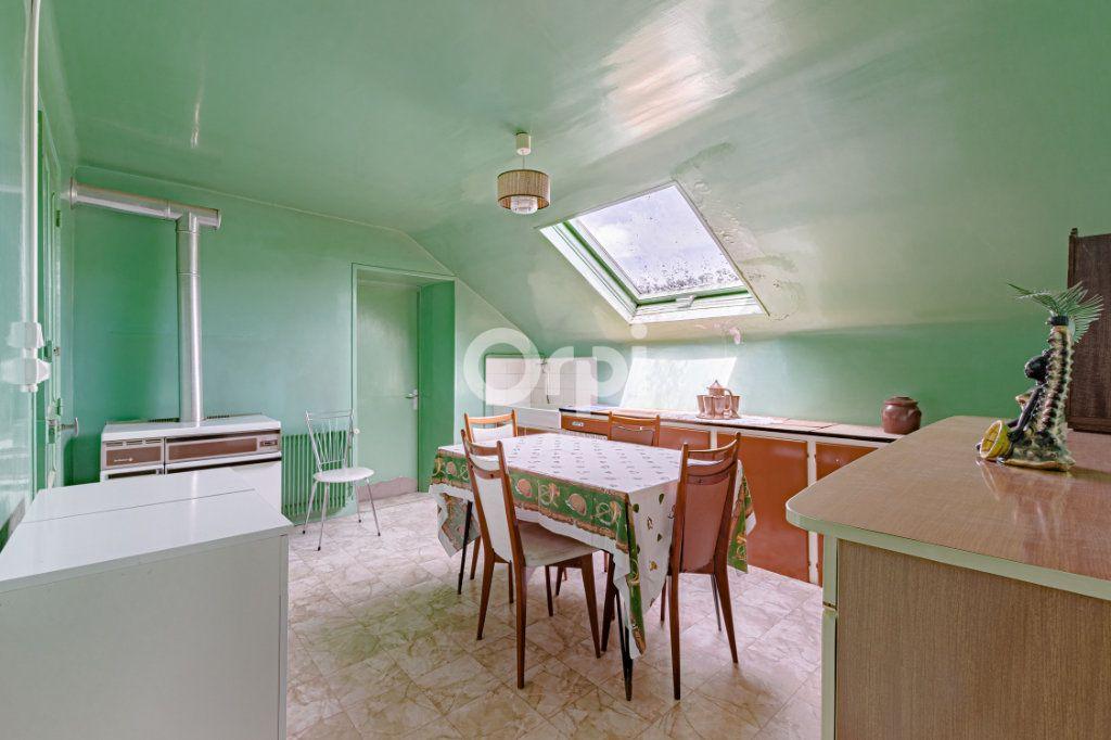 Maison à vendre 7 140m2 à Saint-Sulpice-Laurière vignette-10