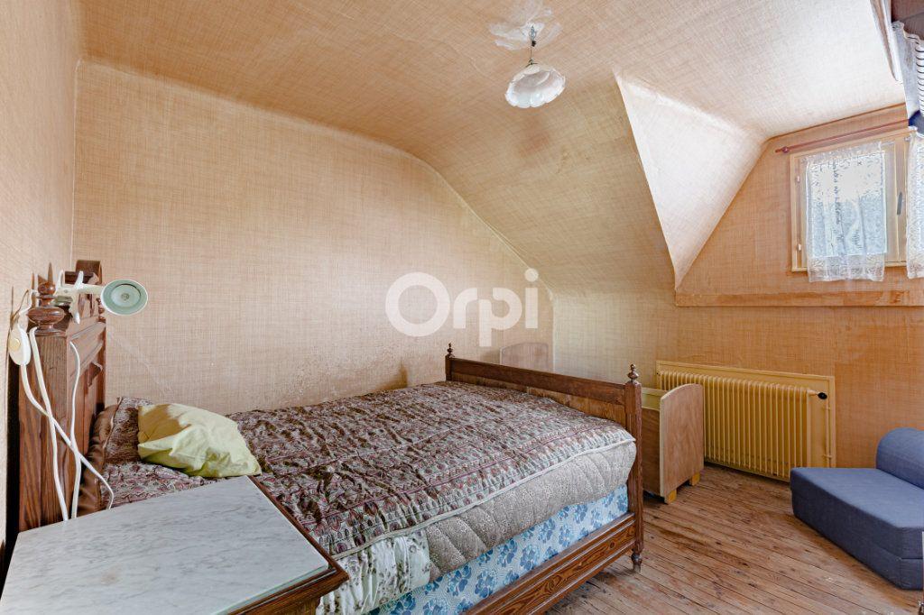 Maison à vendre 7 140m2 à Saint-Sulpice-Laurière vignette-11