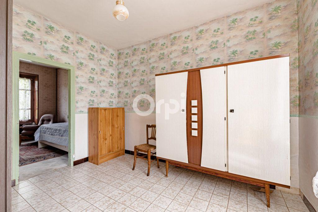 Maison à vendre 7 140m2 à Saint-Sulpice-Laurière vignette-12