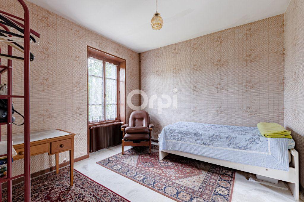 Maison à vendre 7 140m2 à Saint-Sulpice-Laurière vignette-13