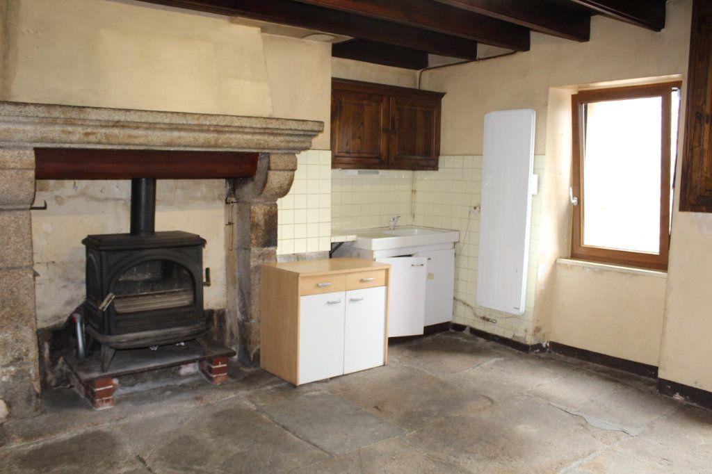 Maison à vendre 9 147m2 à Bersac-sur-Rivalier vignette-1