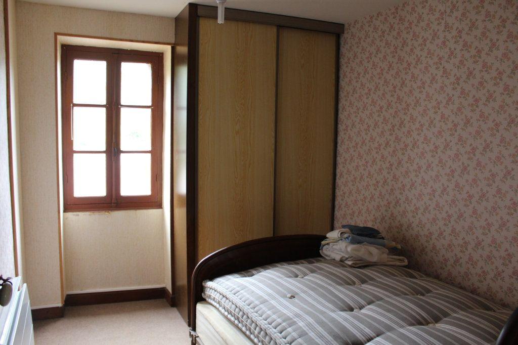 Maison à vendre 9 147m2 à Bersac-sur-Rivalier vignette-6
