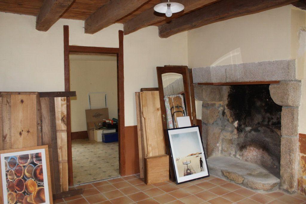 Maison à vendre 9 147m2 à Bersac-sur-Rivalier vignette-11