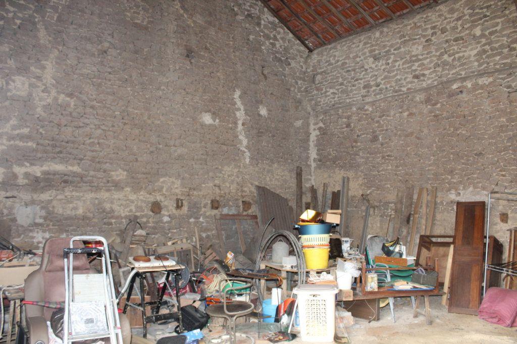 Maison à vendre 9 147m2 à Bersac-sur-Rivalier vignette-16