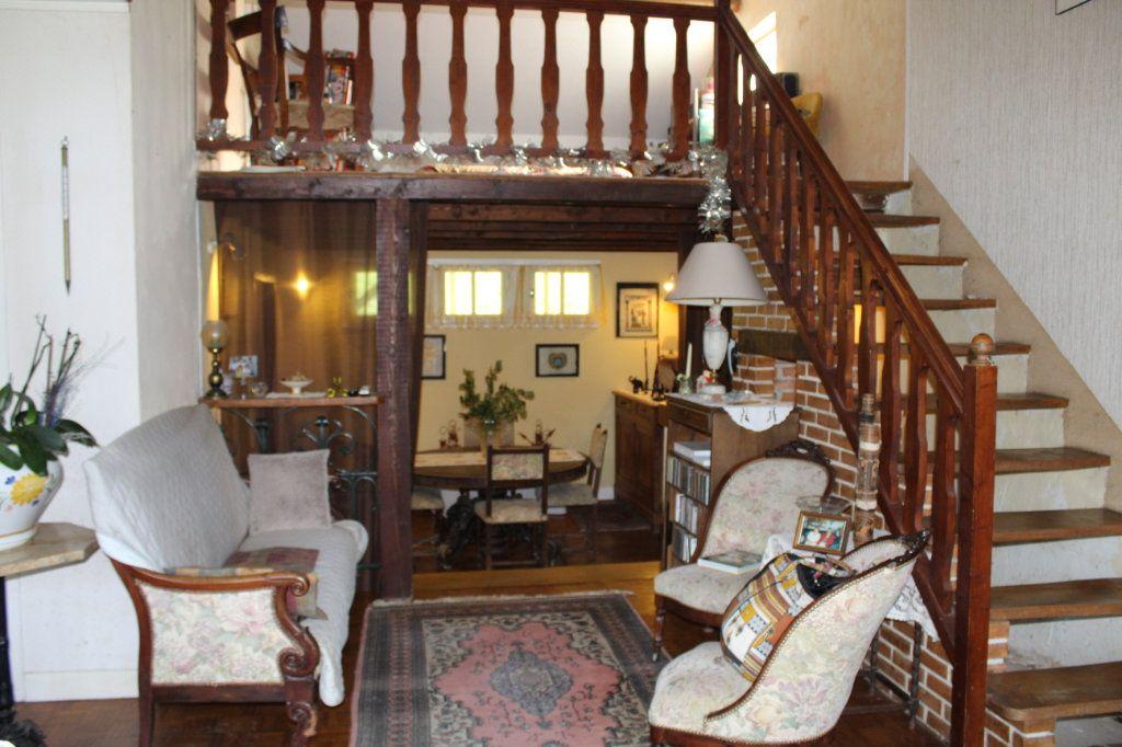 Maison à vendre 6 117m2 à Razès vignette-10