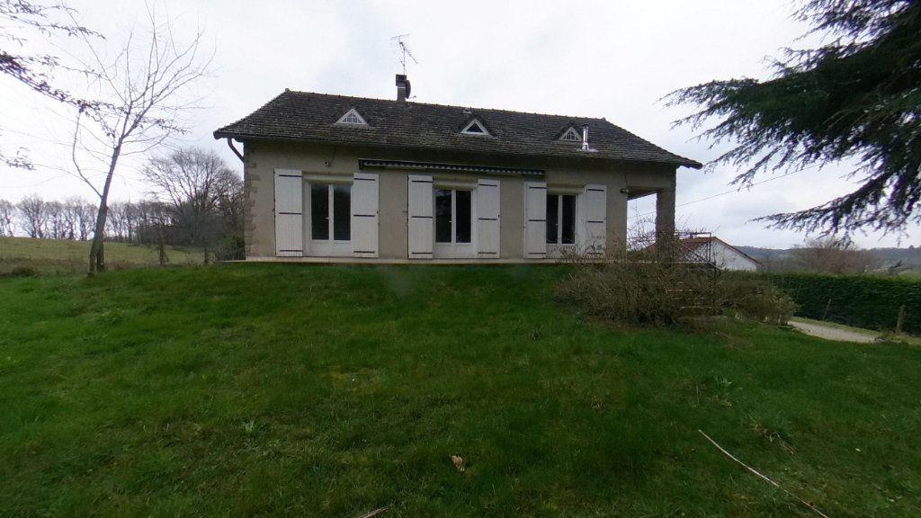 Maison à vendre 10 137m2 à Saint-Agnant-de-Versillat vignette-1