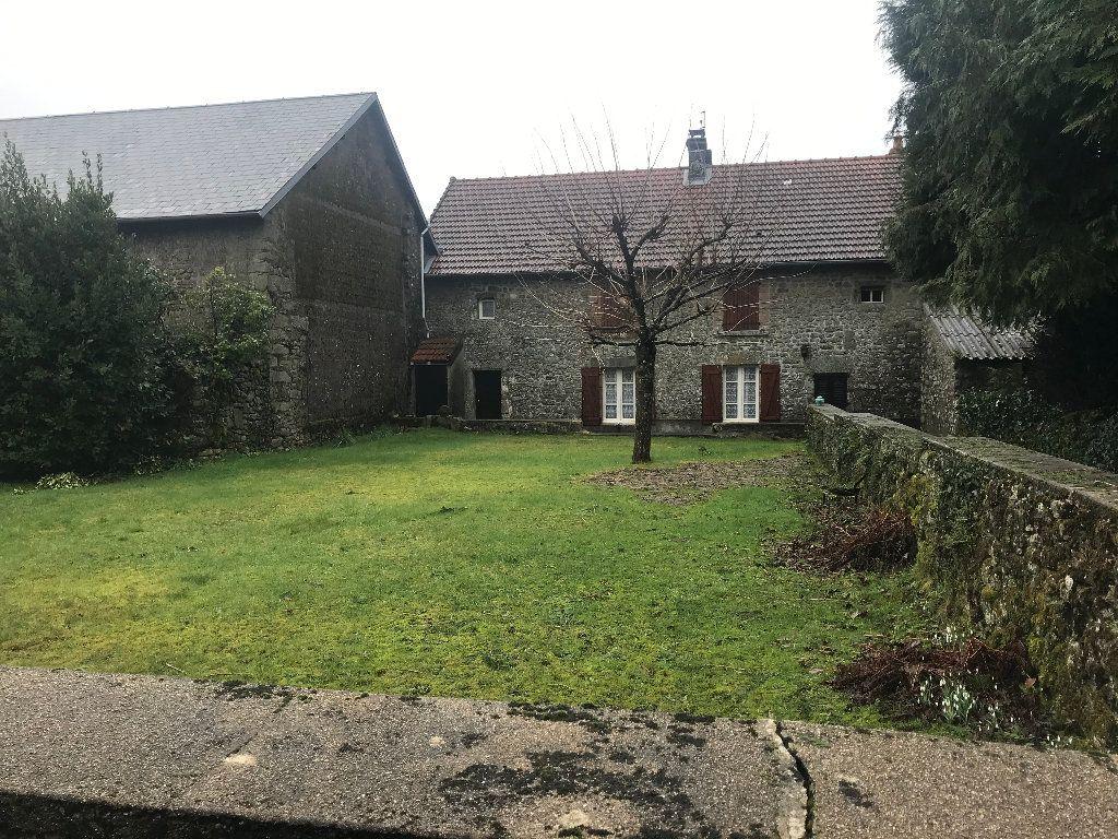 Maison à vendre 6 115m2 à Saint-Goussaud vignette-1