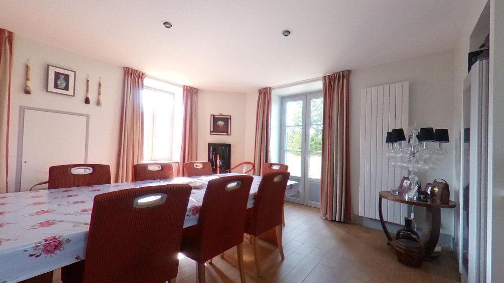 Maison à vendre 7 151m2 à Saint-Étienne-de-Fursac vignette-3
