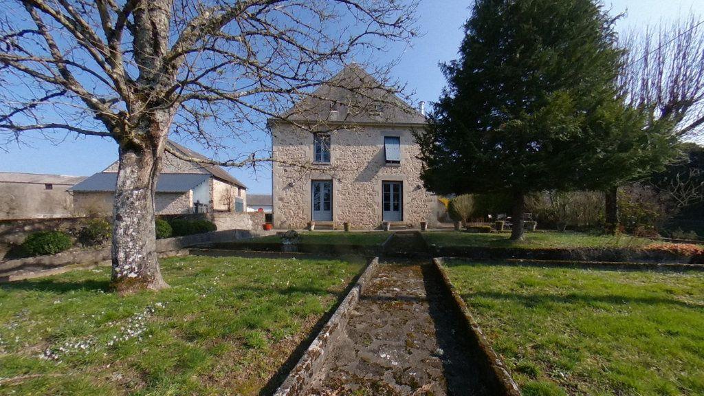 Maison à vendre 7 151m2 à Saint-Étienne-de-Fursac vignette-11