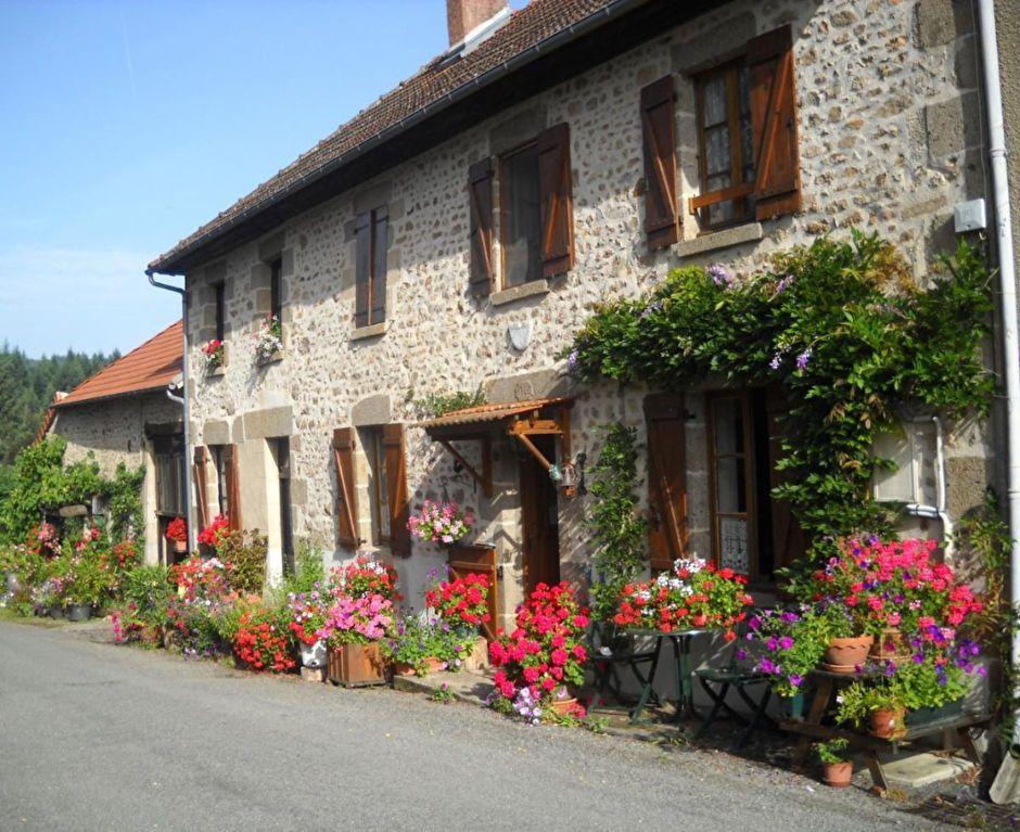 Maison à vendre 7 123m2 à Arrènes vignette-1