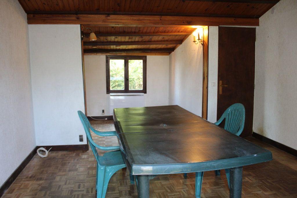 Maison à vendre 4 50m2 à Bessines-sur-Gartempe vignette-2