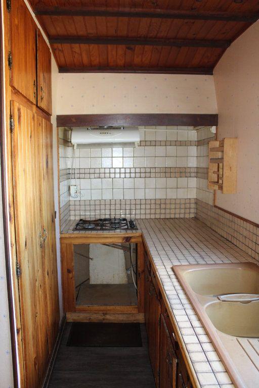 Maison à vendre 4 50m2 à Bessines-sur-Gartempe vignette-5
