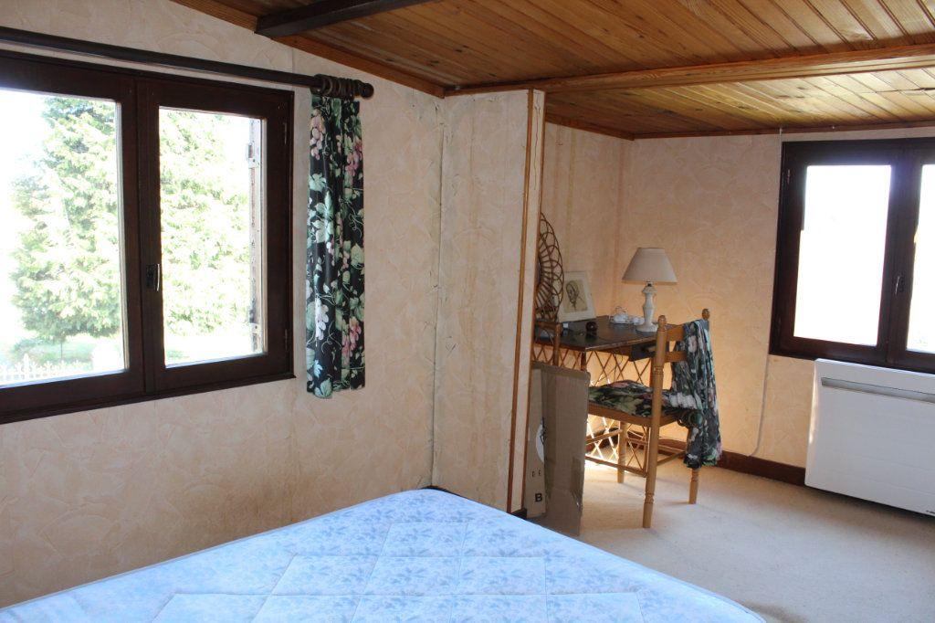 Maison à vendre 4 50m2 à Bessines-sur-Gartempe vignette-8