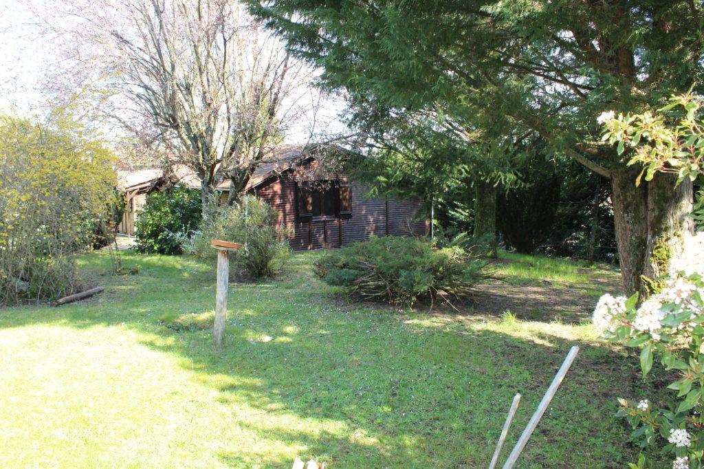 Maison à vendre 4 50m2 à Bessines-sur-Gartempe vignette-13