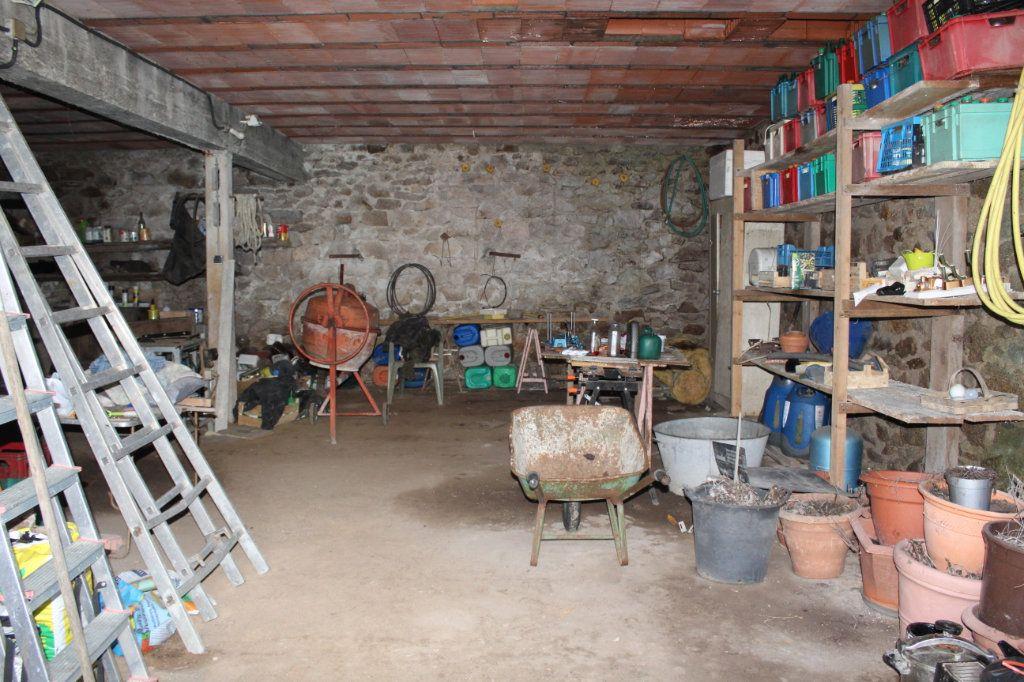 Maison à vendre 4 50m2 à Bessines-sur-Gartempe vignette-18