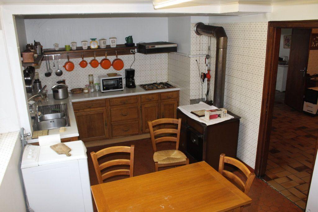 Maison à vendre 6 148.21m2 à Saint-Sulpice-Laurière vignette-5