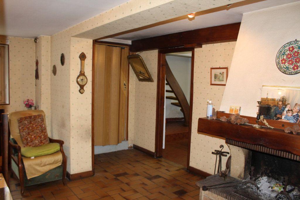Maison à vendre 6 148.21m2 à Saint-Sulpice-Laurière vignette-11