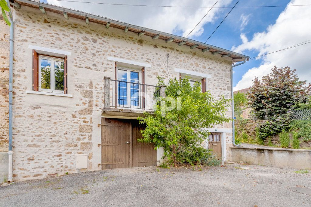 Maison à vendre 4 55m2 à Saint-Priest-Taurion vignette-1