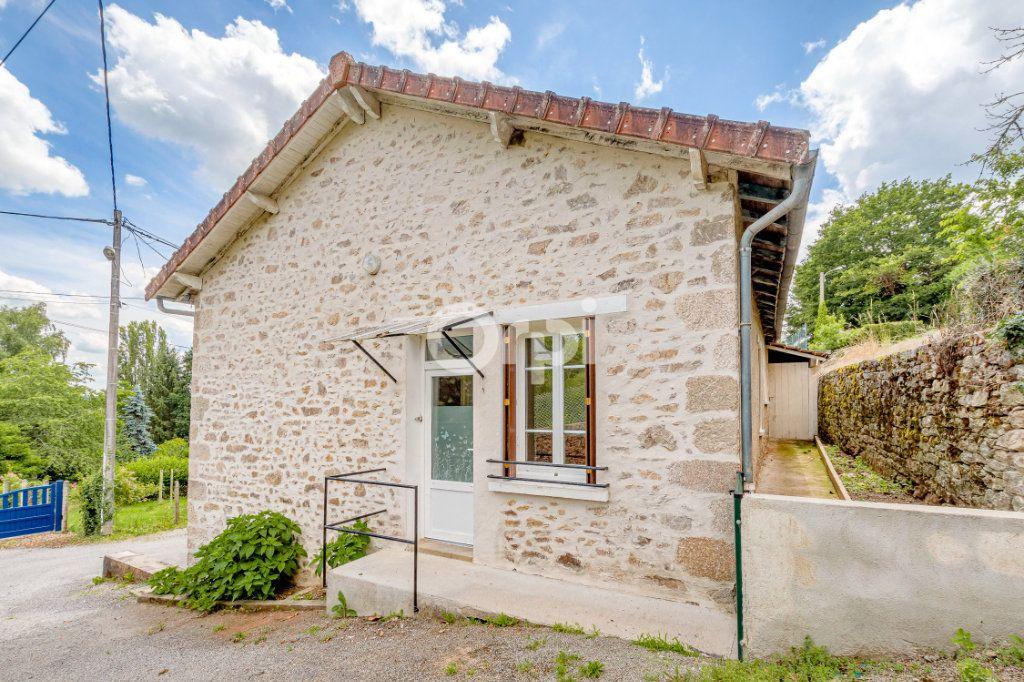 Maison à vendre 4 55m2 à Saint-Priest-Taurion vignette-11