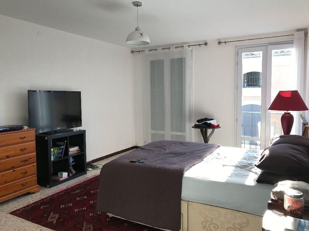 Appartement à louer 5 107m2 à Grenade vignette-4