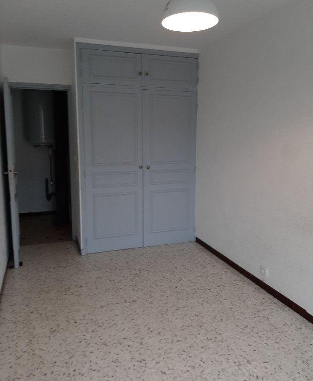 Appartement à louer 5 107m2 à Grenade vignette-5