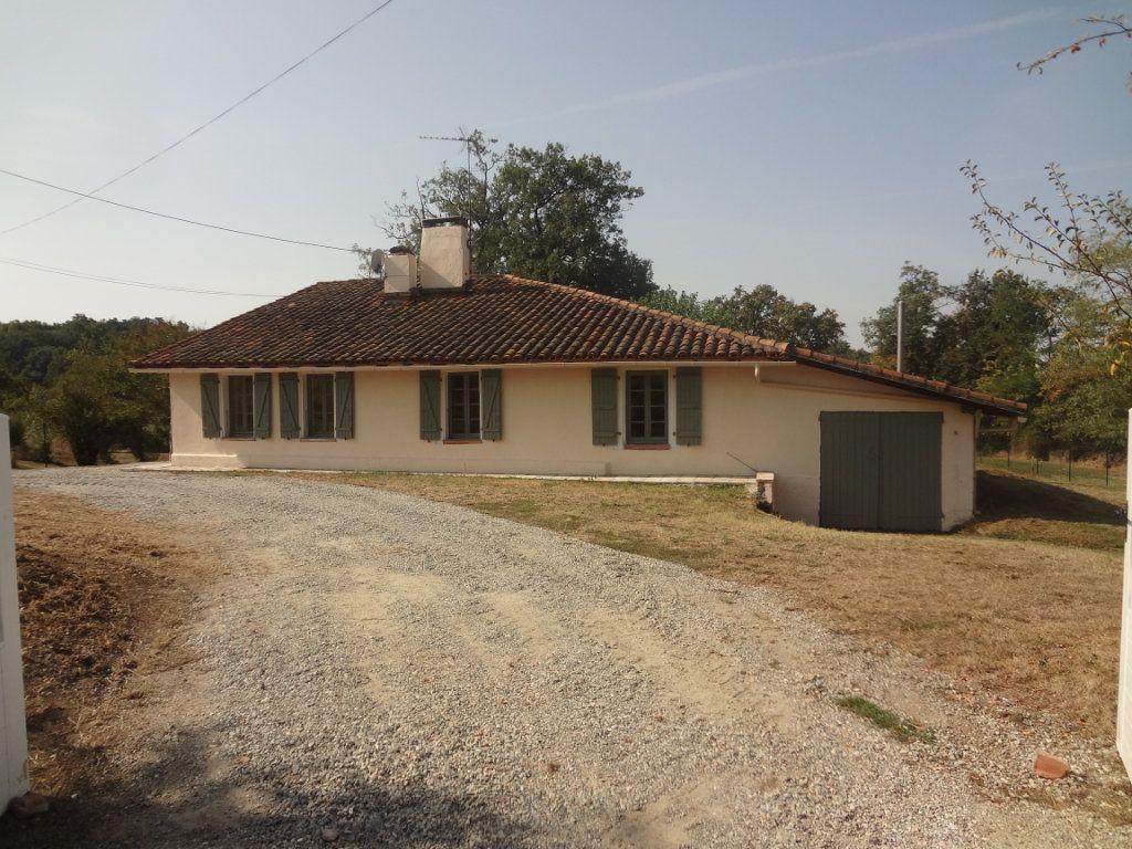 Maison à louer 6 131.29m2 à Launac vignette-2