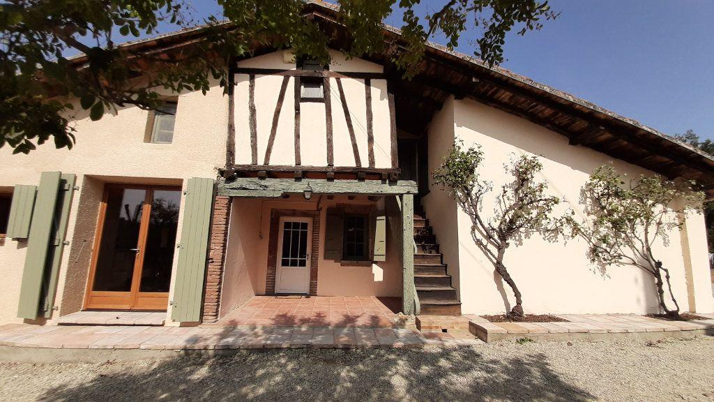 Maison à louer 6 131.29m2 à Launac vignette-3