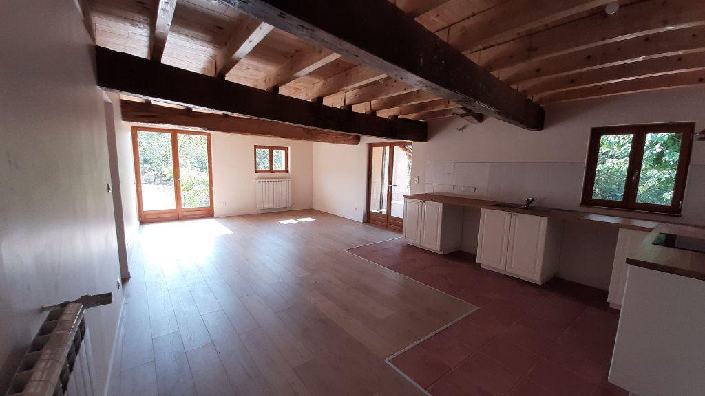 Maison à louer 6 131.29m2 à Launac vignette-4
