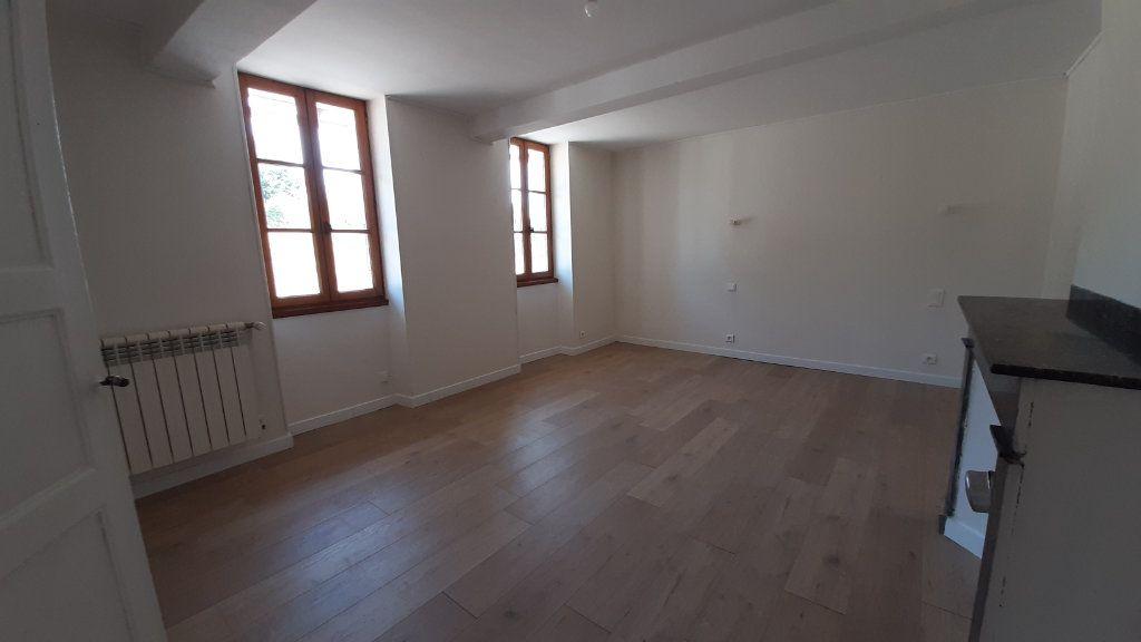 Maison à louer 6 131.29m2 à Launac vignette-10