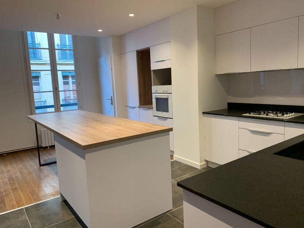 Appartement à vendre 3 106m2 à Toulouse vignette-7