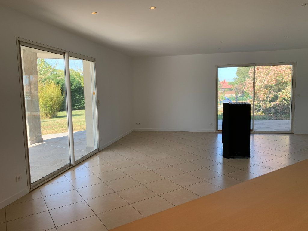 Maison à vendre 6 150m2 à Grenade vignette-3