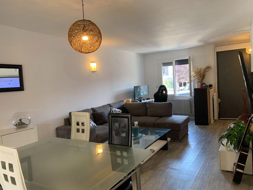 Maison à vendre 5 105m2 à Beauzelle vignette-3