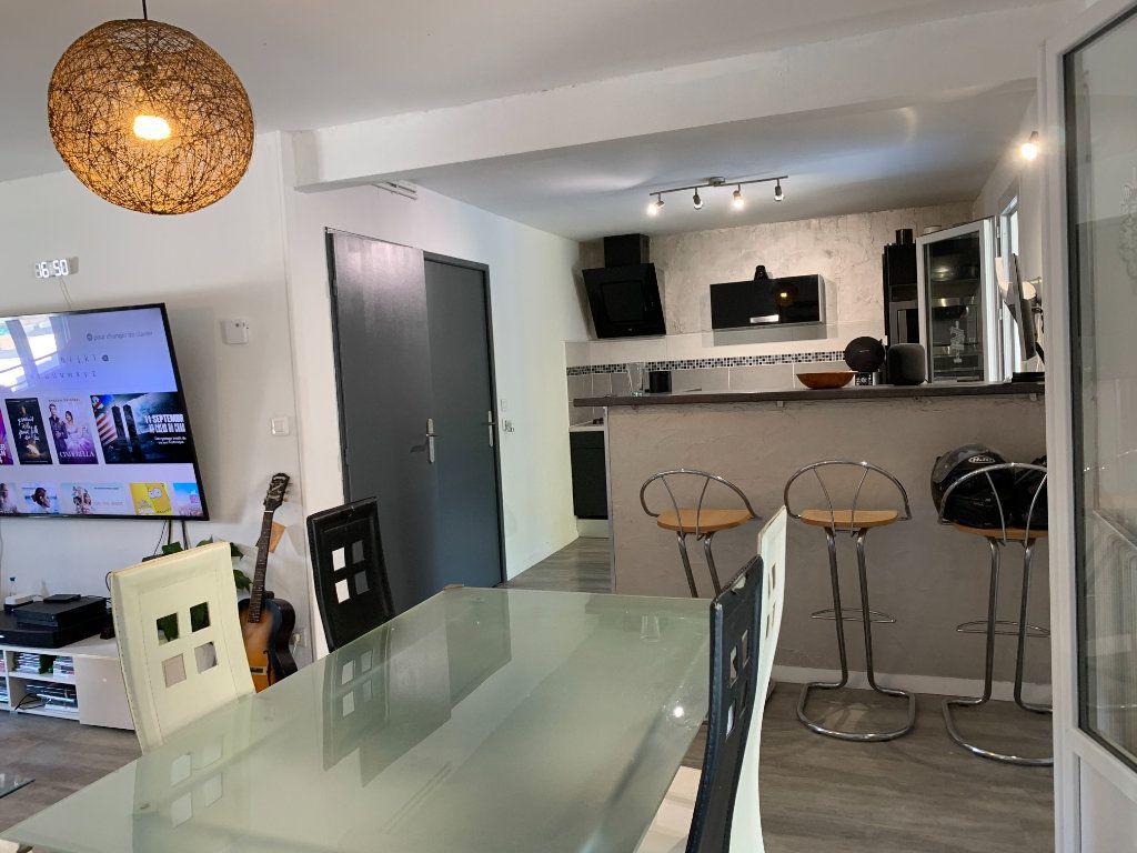 Maison à vendre 5 105m2 à Beauzelle vignette-5