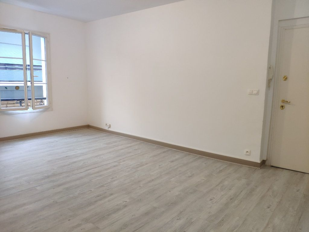 Appartement à louer 3 75.59m2 à Bayonne vignette-1