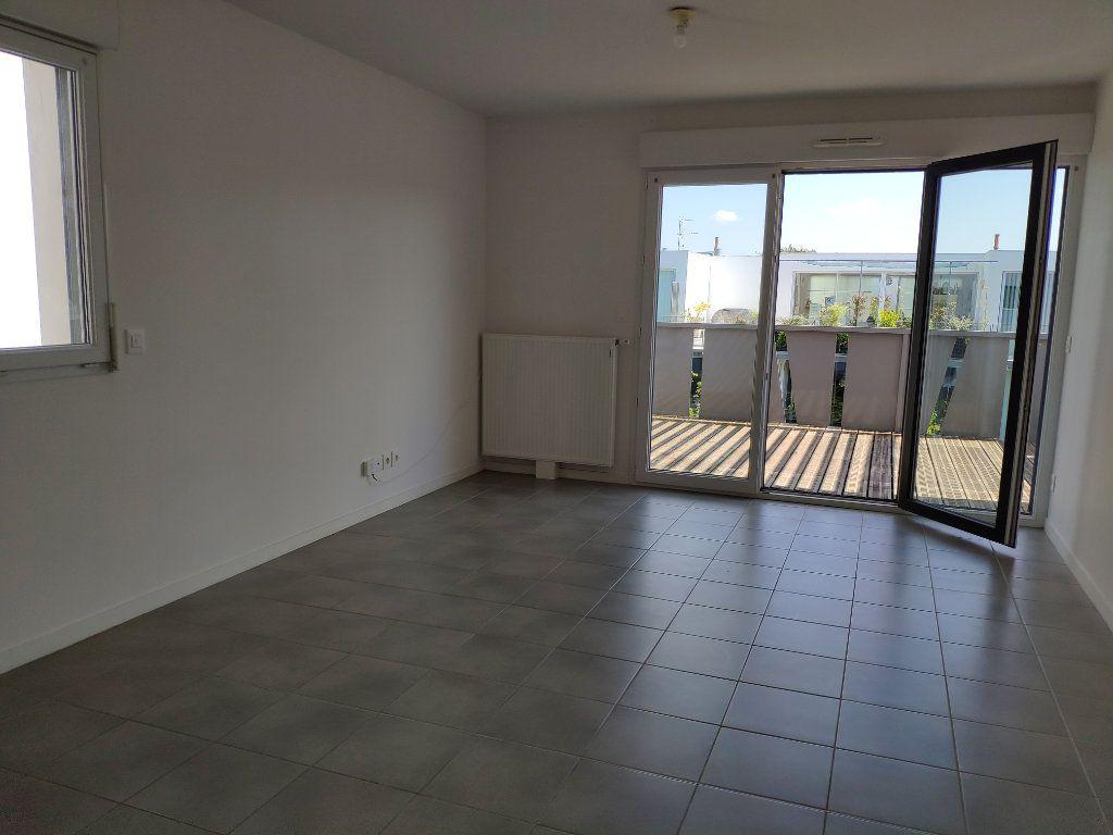 Appartement à louer 2 45.5m2 à Bayonne vignette-3